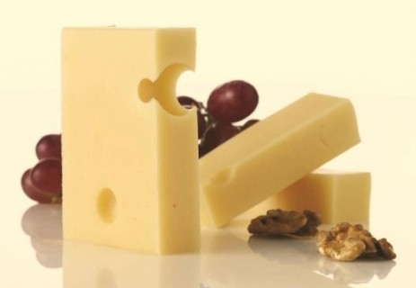 Swiss cheese culture cuts ripening time and boosts taste – Chr. Hansen